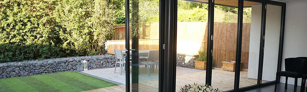 a stunning aluminium door in sutton, cheam